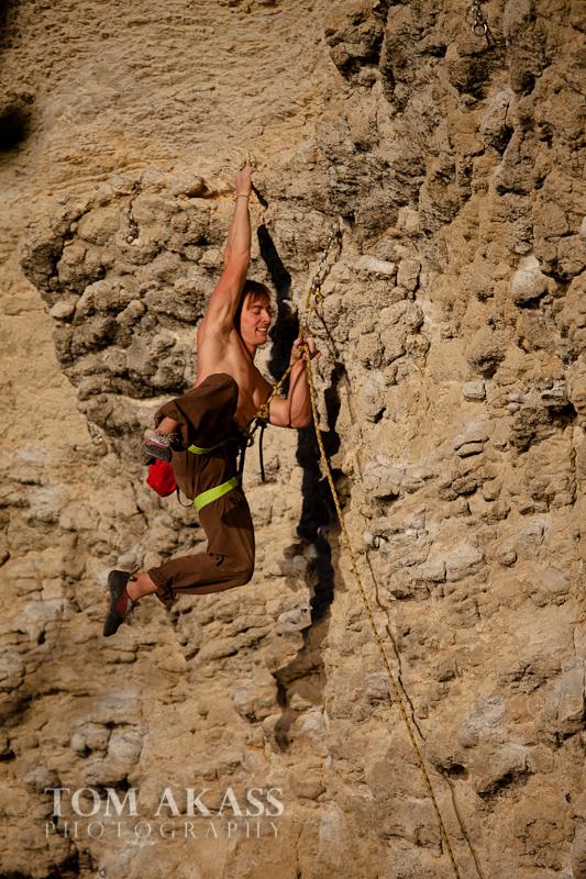 TOM AKASS climbign-5